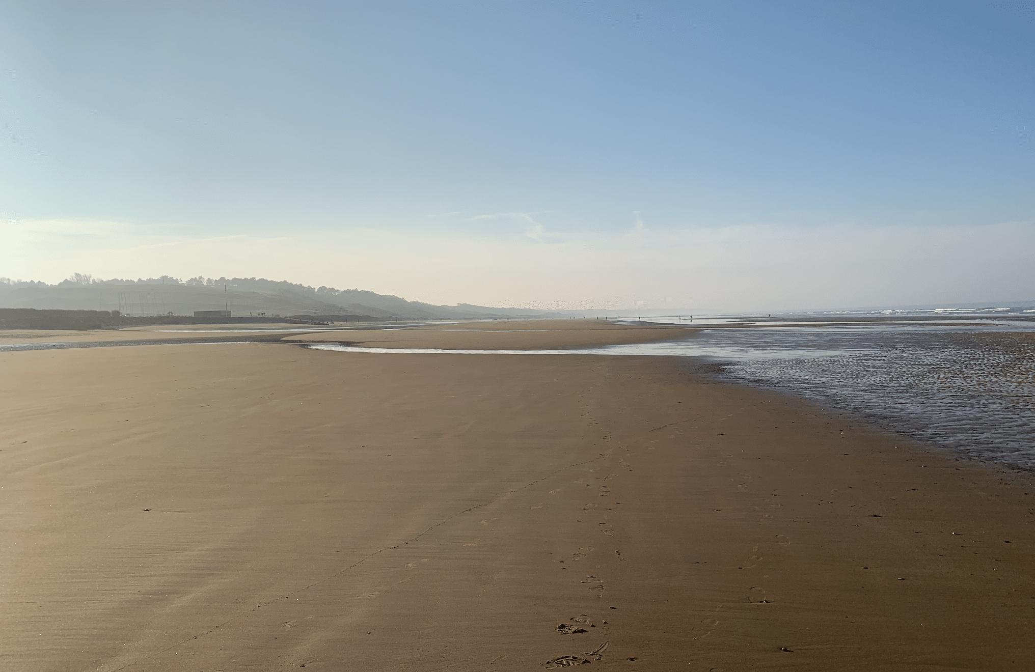 la plage d'omaha beach en normandie
