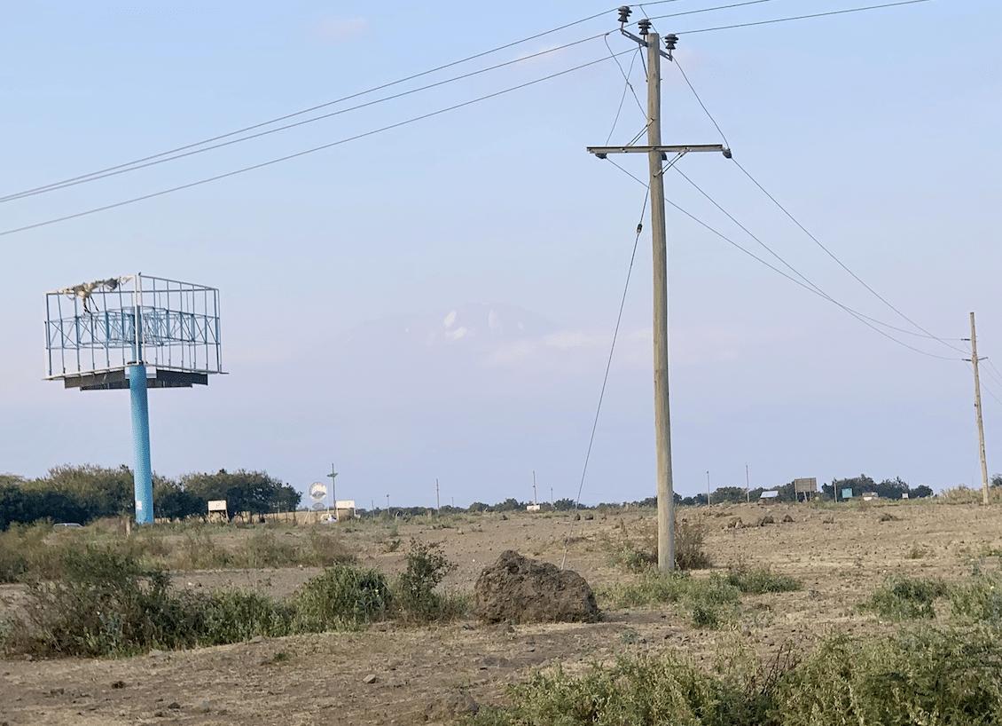 safari en tanzanie : apercu du mont kilimanjaro