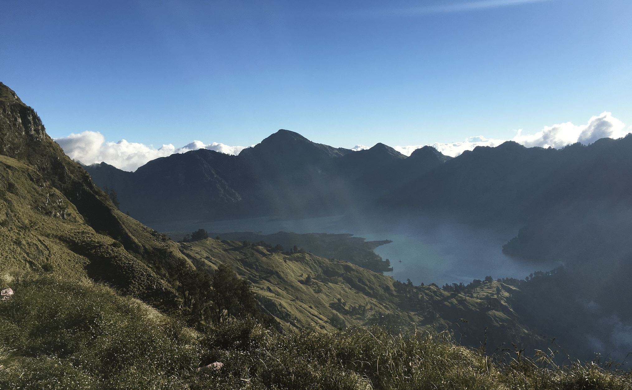 le segara anak, lac sacre au mont rinjani