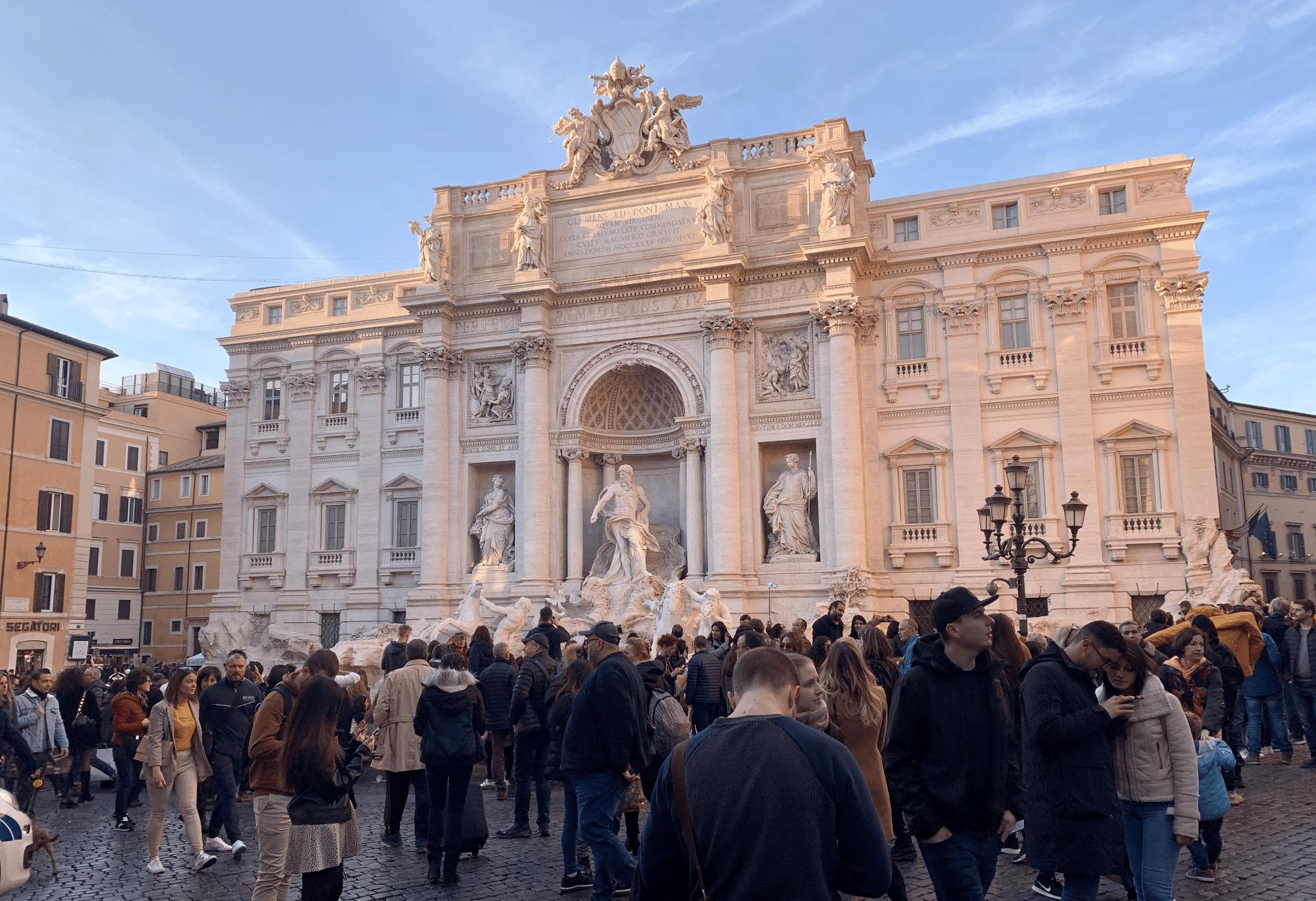 visiter rome : la fontaine de trevi