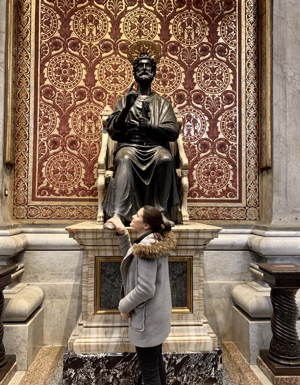 statue en bronze de saint pierre