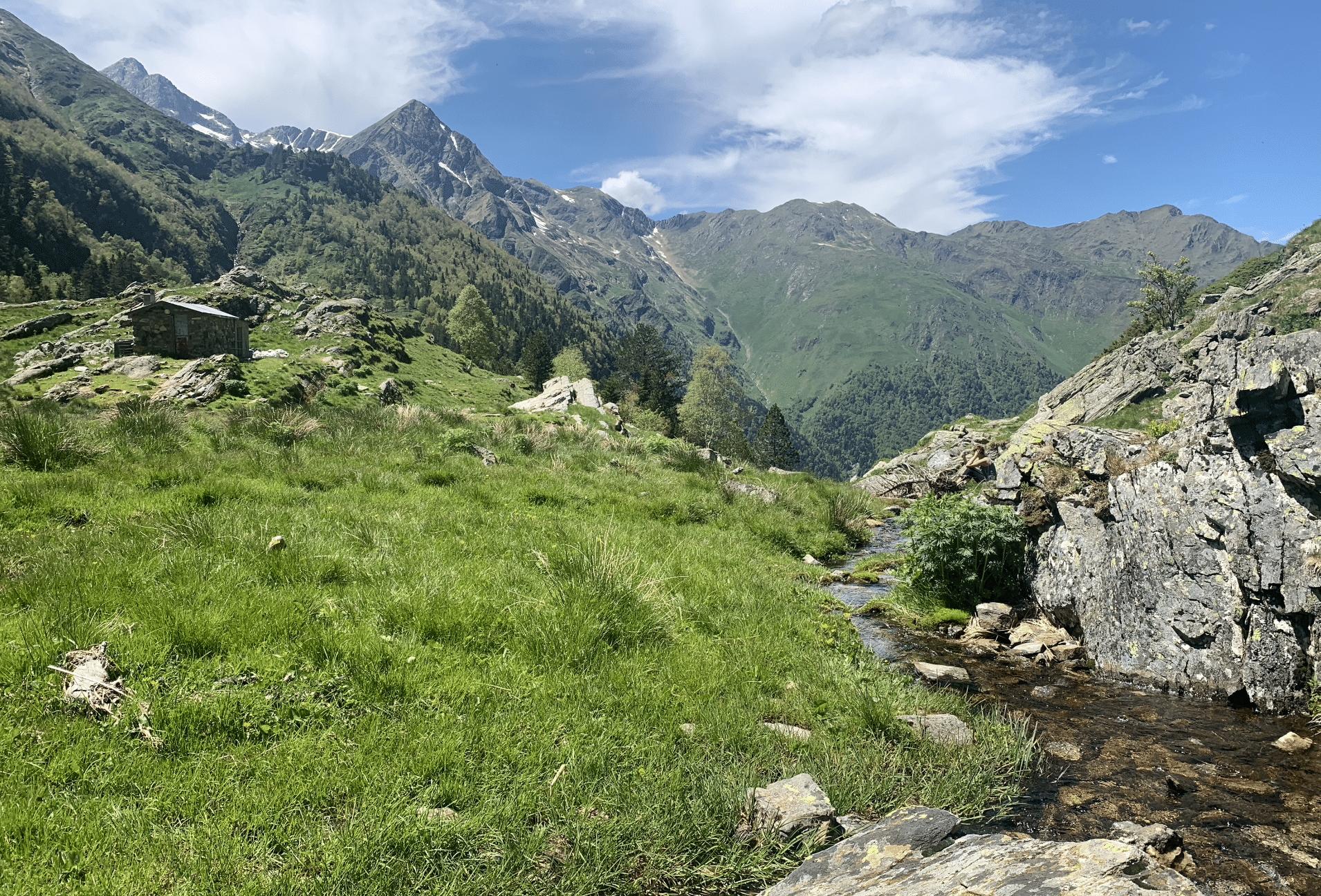 itineraire de randonnee dans les pyrenees