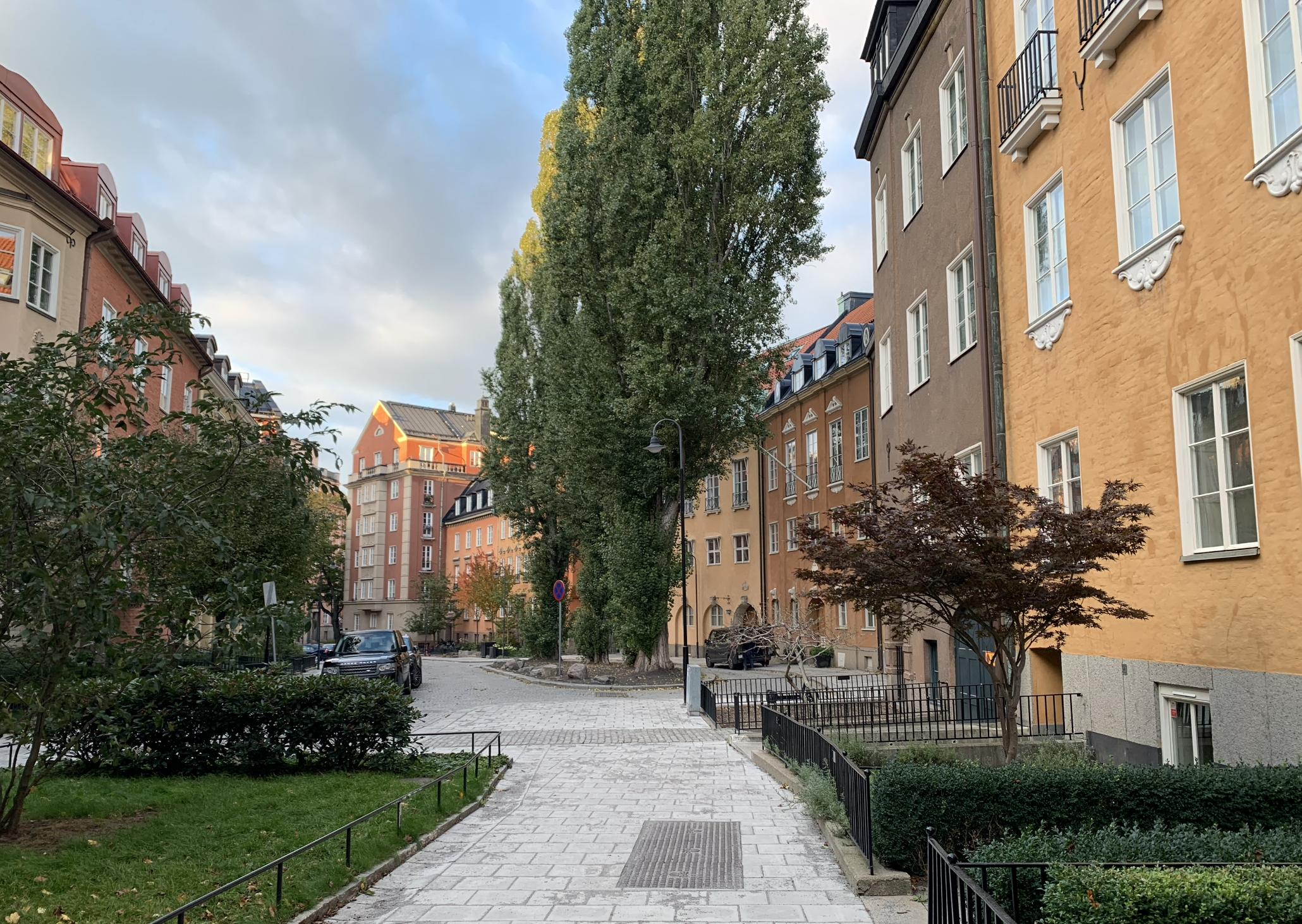 rue paisible dans le quartier d'ostermalm a stockholm