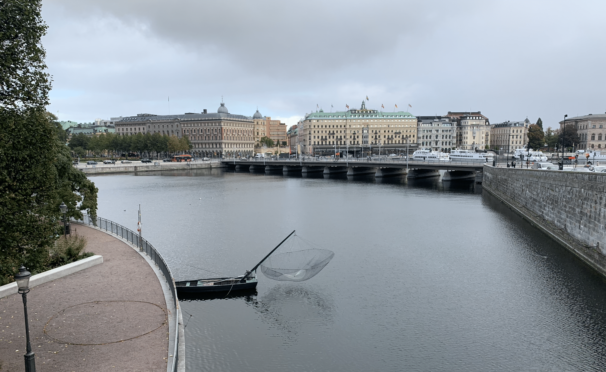 vue sur le quartier de norrmalm depuis le parc stromparterren