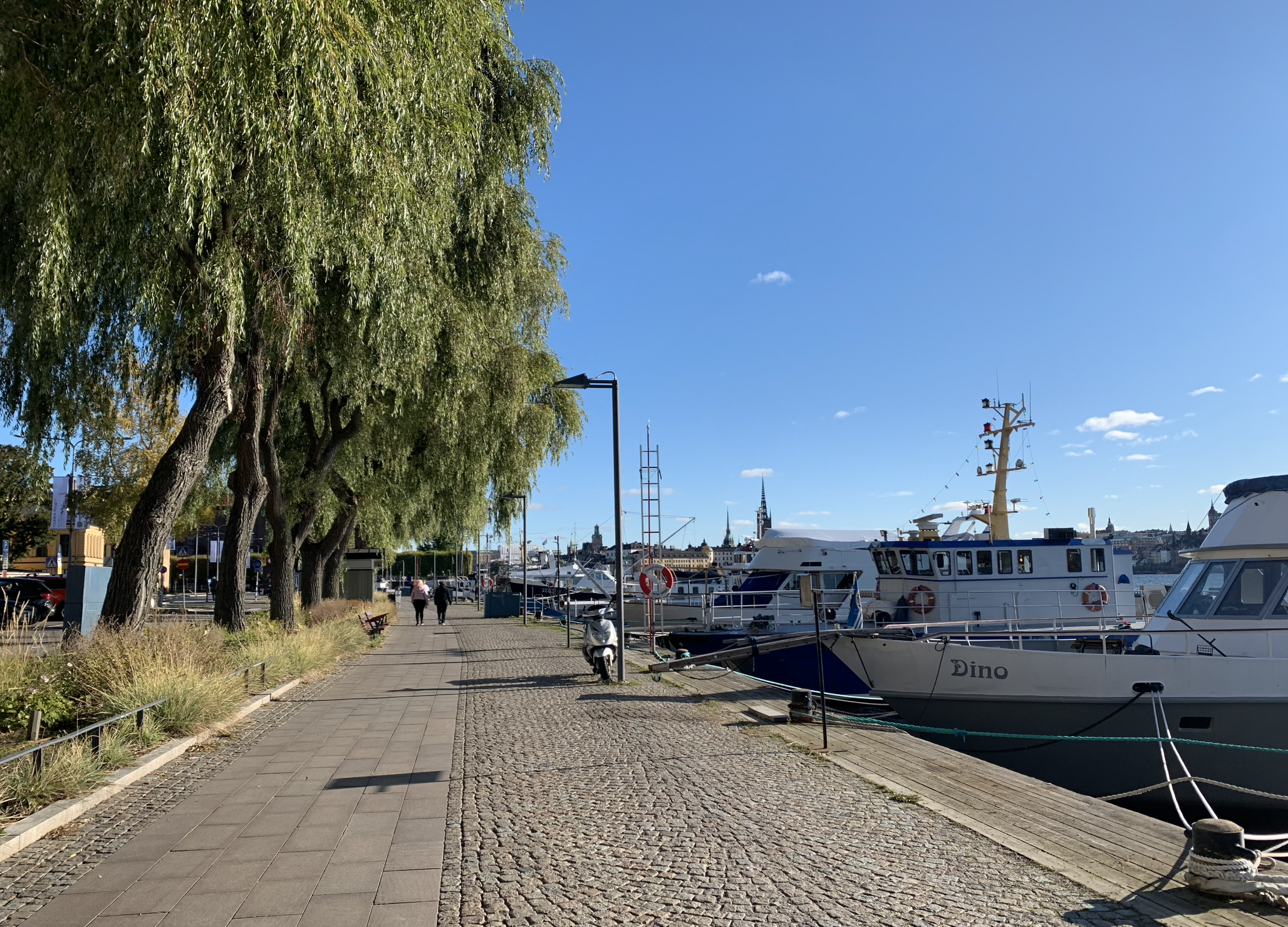 balade le long du port sur l'ile de kungsholmen