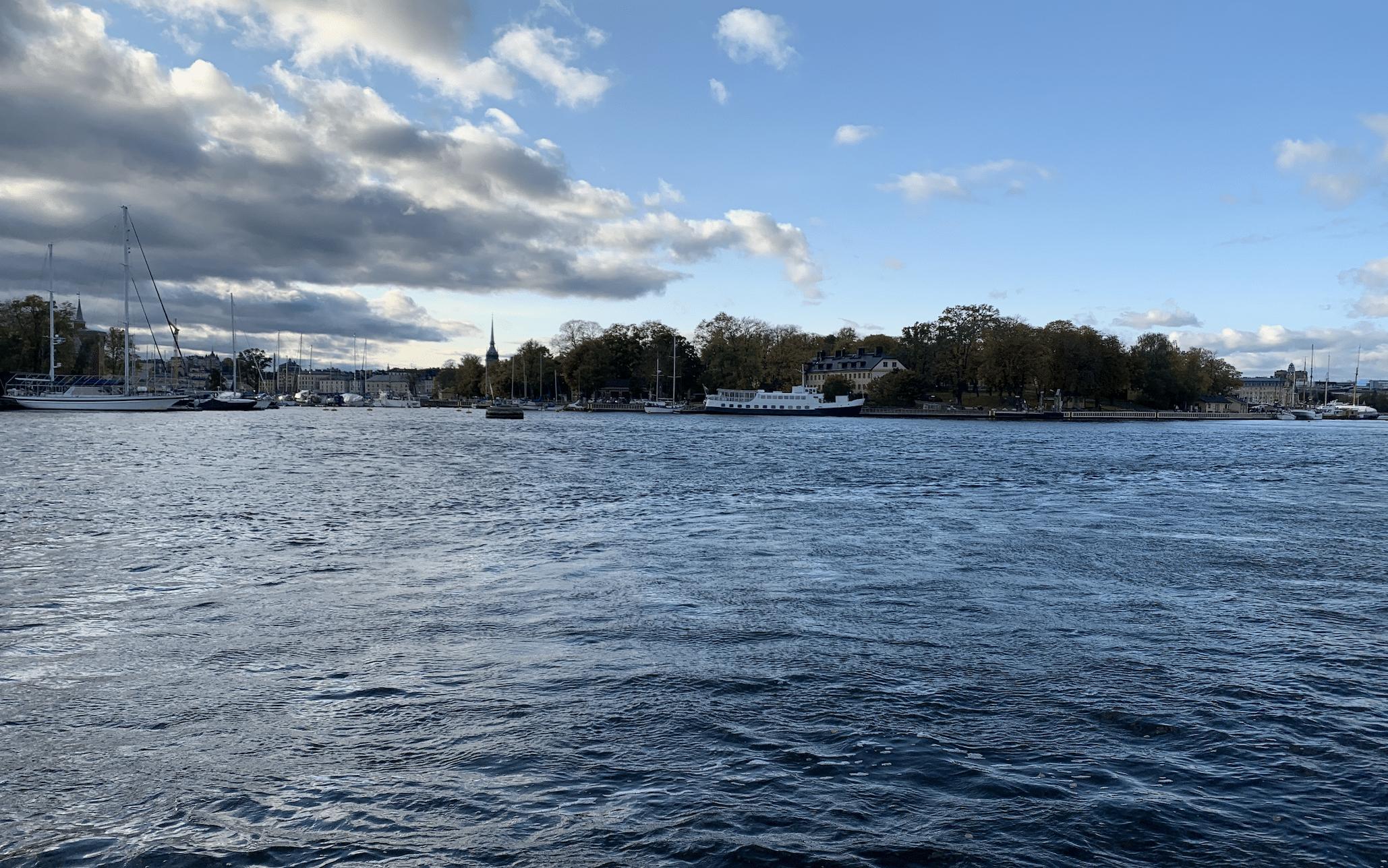 trajet en ferry vers djurgarden