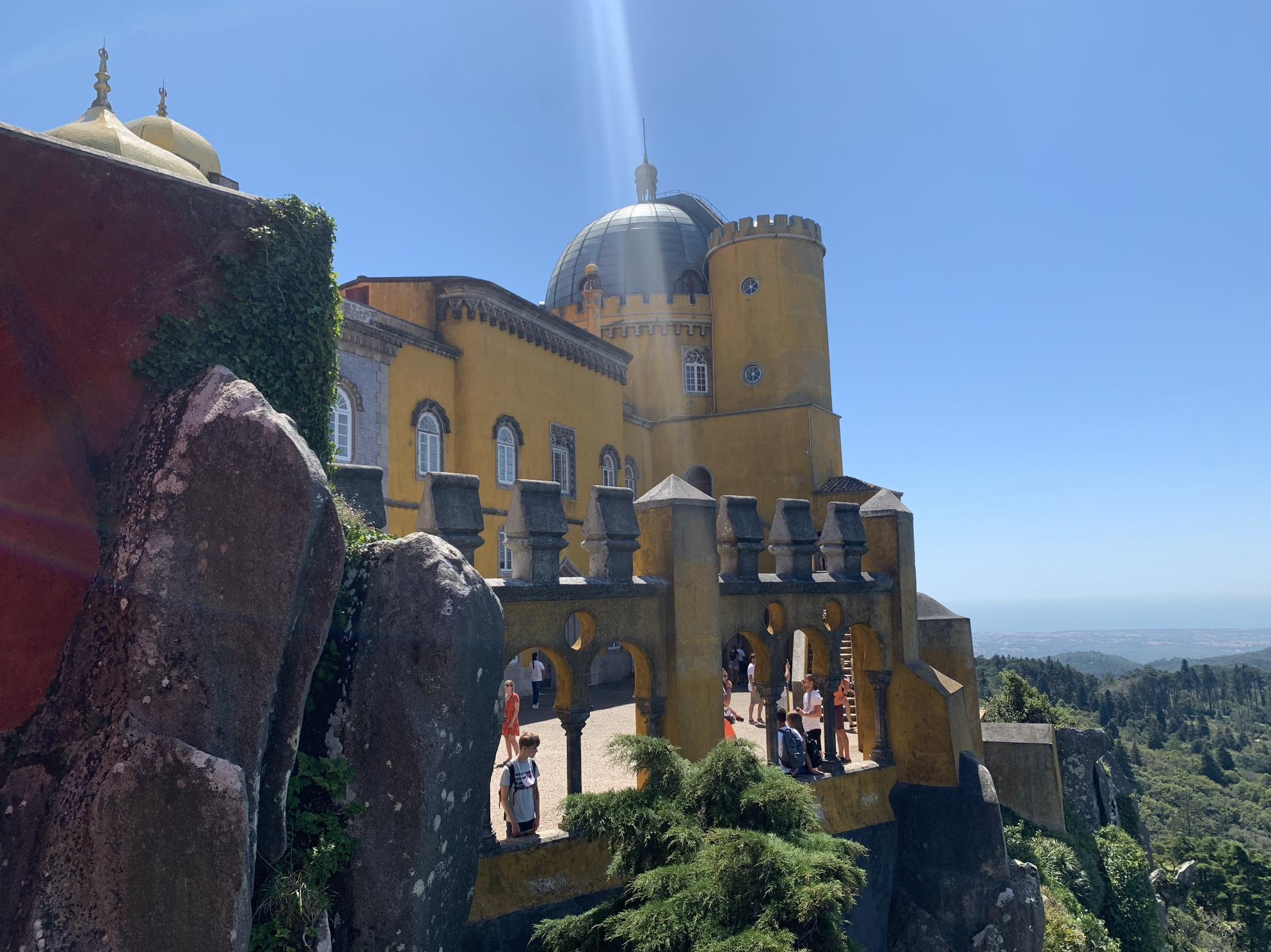 excursions depuis lisbonne : sintra et la visite du palais national de pena