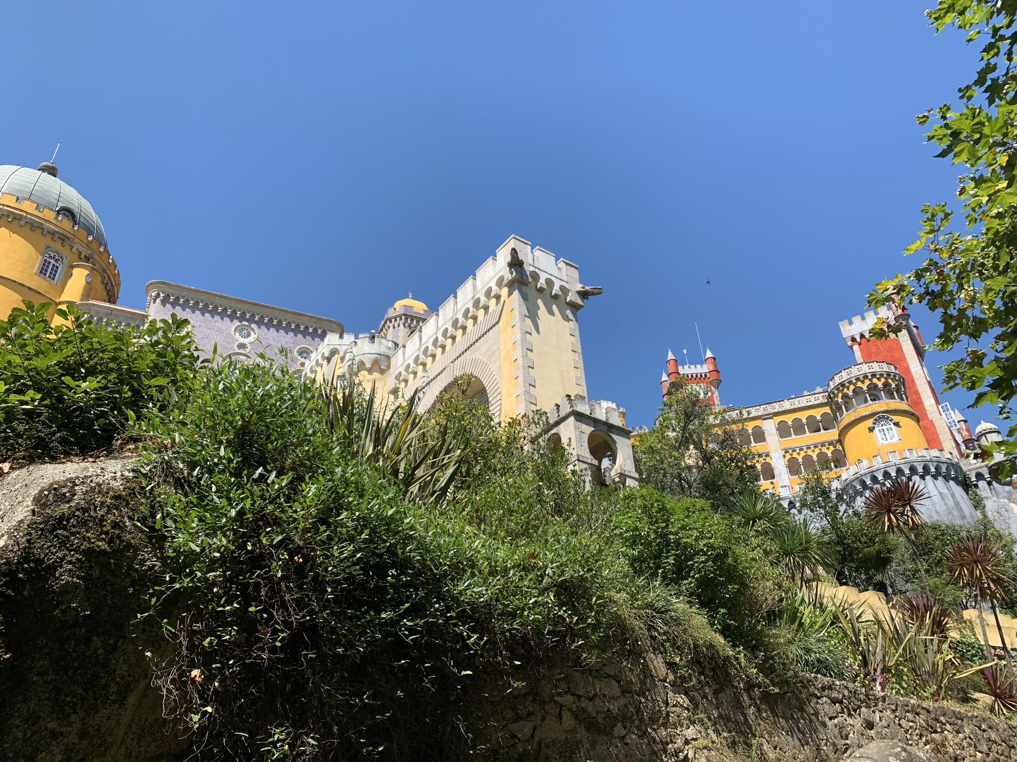 excursions depuis lisbonne : le palais national de pena a sintra
