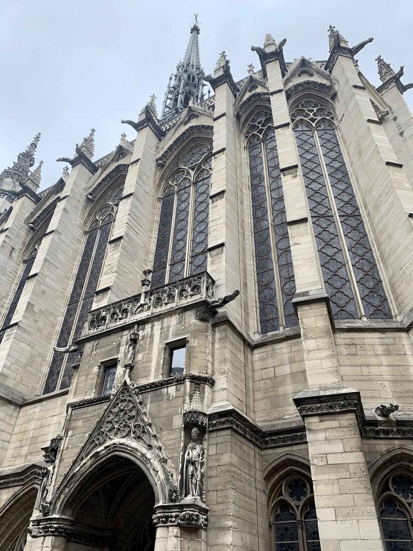 la sainte chapelle a paris